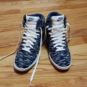 Nike Swoosh heeled